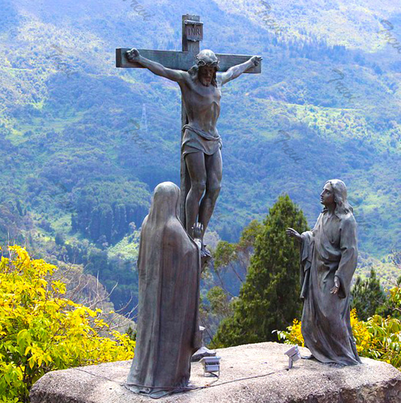 Bronze catholic outdoor statues crucifixes jesus on the cross designs for sale