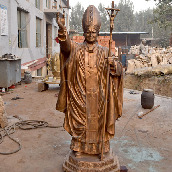 Custom made bronze religious statue of pope outdoor designs from factory TBC-17